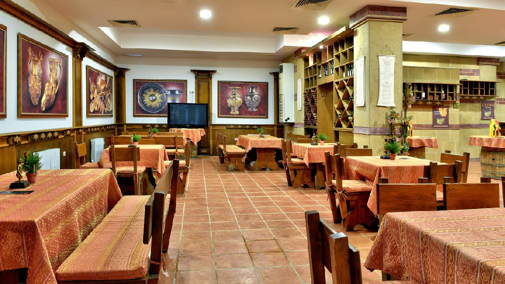 Hotel Estreya Residence