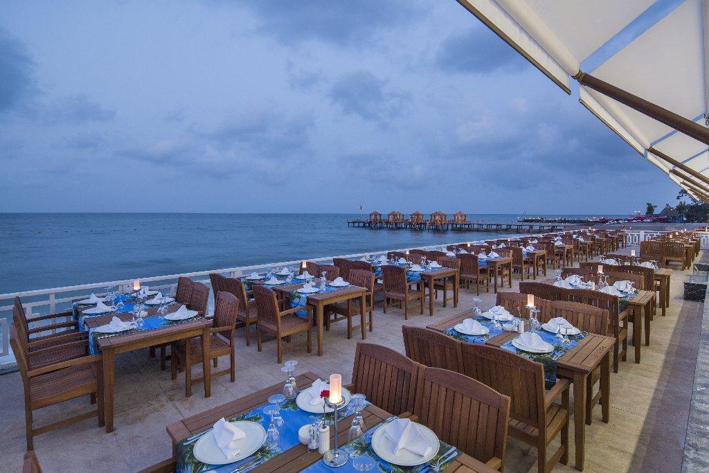 Hotel Nirvana Lagoon Villas Suites Spa