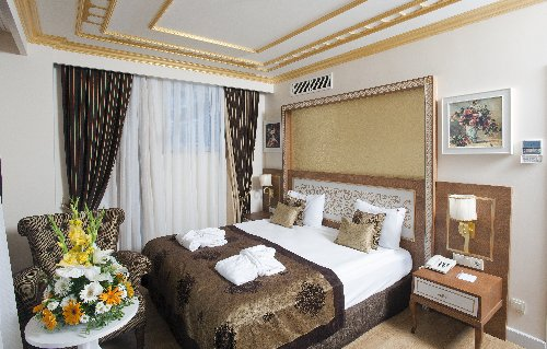 Hotel Crystal Palace Luxury Resort Spa