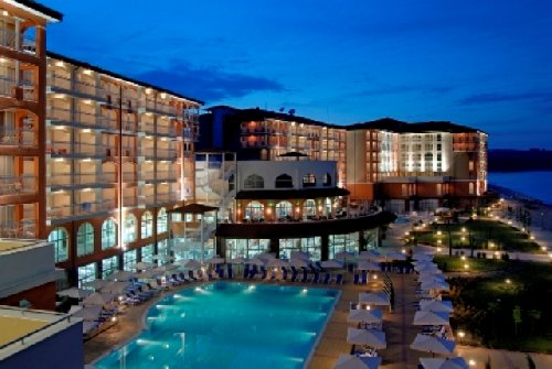 Hotel Sol Luna Bay