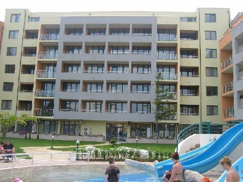 Hotel Trakia Plaza Apartment Building